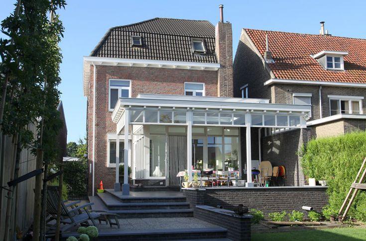 Inspiratie voor een aanbouw aan een jaren30 woning jaren 30 aanbouw - Terras eigentijds huis ...