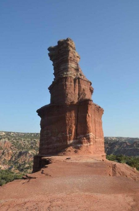 Hiking the Lighthouse Trail at Palo Duro Canyon with Kids~includes a printable scavenger hunt for the trail.