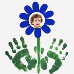 Flower Picture Craft.  Poem I'm going to use:  These little hands will never grow.  These little hands will stay just so.  Someday when I get BIG and tall, you can look back to see once I was small.