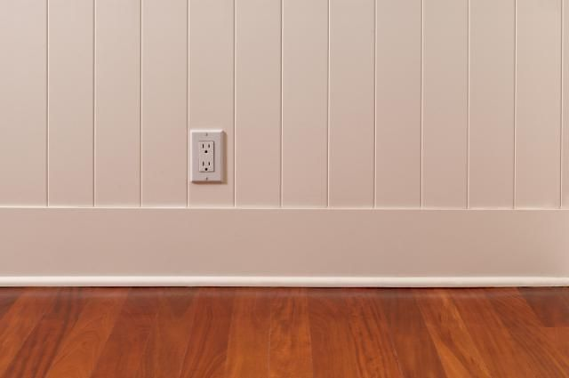 "Easy-To-Install ""Miracle Molding"" Covers Baseboard Gaps: How to Install Shoe Molding or Quarter-Round"