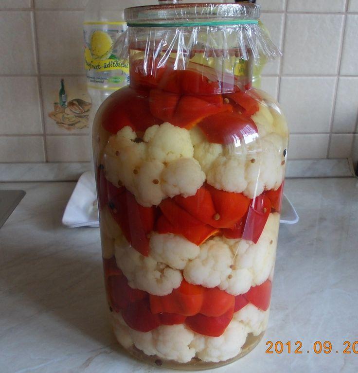 Savanyított karfiol és pritamin paprika