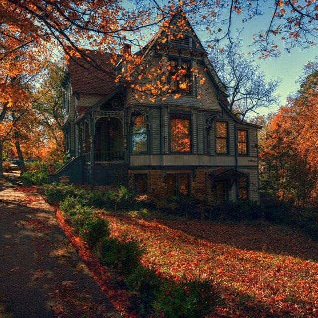 себе картинки осень на загородном доме китайском