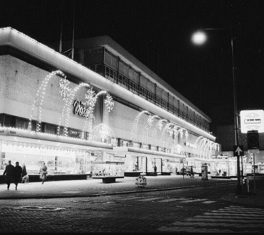 Rotterdam - Binnenweg(plein ), winkelpand 'Ter Meulen'.