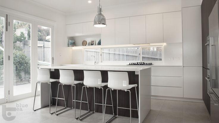 white and timber modern kitchen   Sydney Kitchen Design   Blue Tea