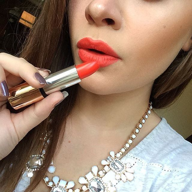 Luscious tangerine colour with a mat finish = gorgeous looking lips!