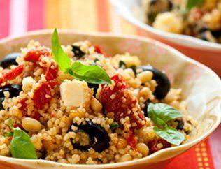 Постный салат с кускусом  Время подготовки: 15 минут.  Время приготовления: 5 минут.