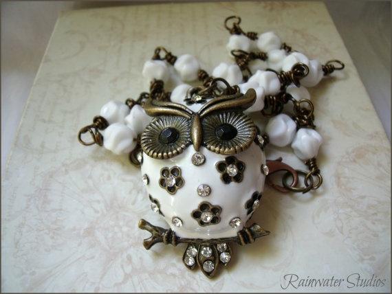 Owl Necklace OOAK   White Enamel Vintage Milk White Beads  RainwaterStudios  $38.00: Beads Rainwaterstudios, Milk Glass, Glass Beads, White Beads, Owl Necklace