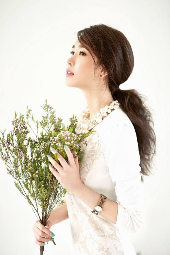 Arnaldo Bassini's Spring 2014 Ad Campaign Feat. Lee Da Hae | Couch Kimchi