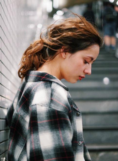 ルーズ×ラフポニーテール【BLESS】 ≪ #arrange #hairstyle #アレンジ #ヘアスタイル #髪形 #髪型 #お花見 #春 #date #spring #summer≫ http://beautynavi.woman.excite.co.jp/style/detail/51555?pint