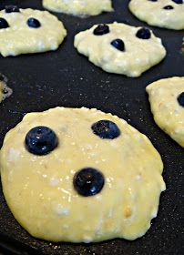 Unfussy Epicure : Fluffy Lemon-Blueberry Cottage Cheese Pancakes