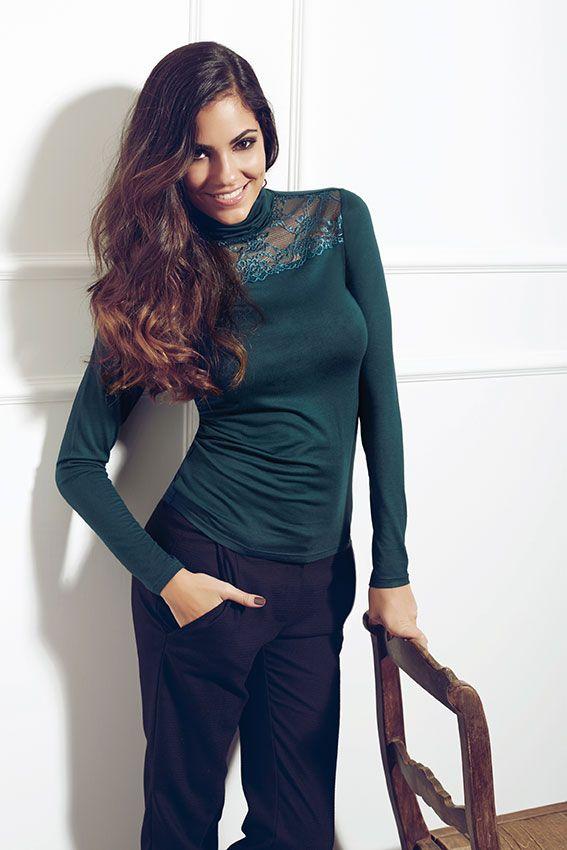 Andra Sottosopra #fallwinter #collection #woman #wear #lifestyle #editorial #campaign #donniegarcia #libericreativi