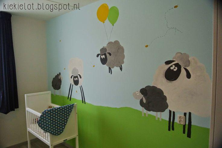 babykamer schaapjes, geschilderd. nursery, baby, sheep, schaap, Deco ideeën