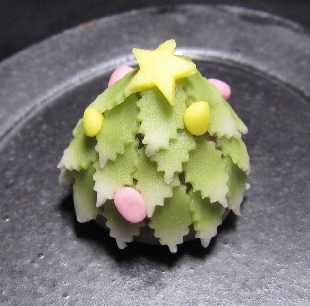 「上生菓子図鑑」http://p.mixi.jp/wagashizukan