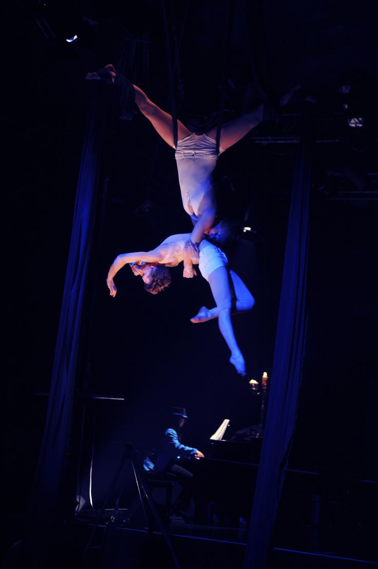 Chloé Charody's circus opera | Hamburg season | www.charodyproductions.com