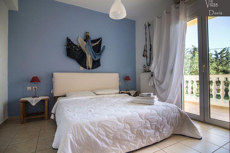 Deleni villa bedroom