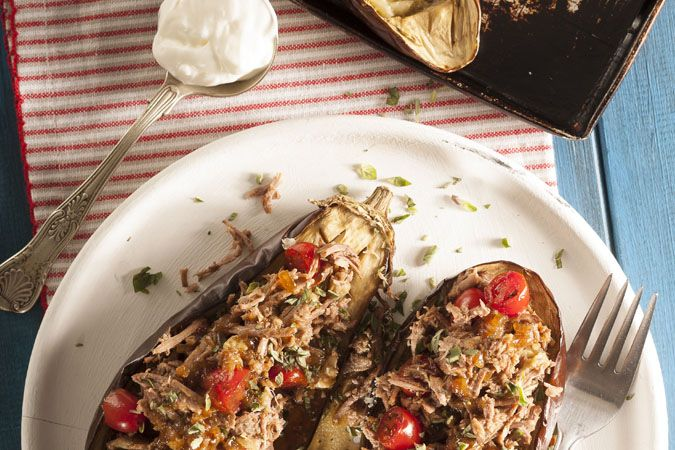 Brinjal boats with slow-cooked beef • The aroma of the beef filling is divine! Enjoy this Banting recipe with friends or family.