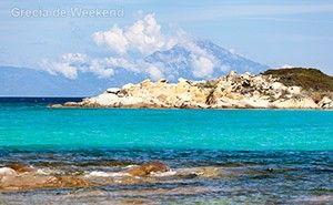 3 stațiuni grecești ideale pentru o minivacanță pe malul mării