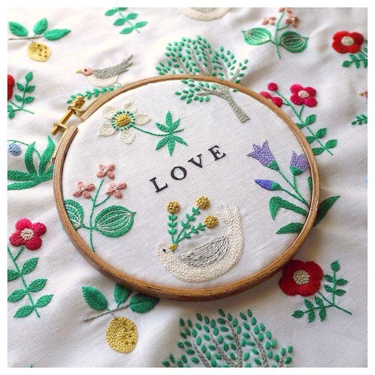 """いいね!10.5千件、コメント66件 ― YUMIKO HIGUCHIさん(@yumikohiguchi)のInstagramアカウント: 「. """" LOVE """" . happy valentine's day ✨ . . . #embroidery #handembroidery #embroider #embroidered…」 #EmbroideryYumikoHiguchi"""