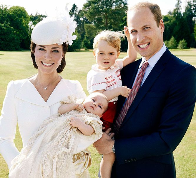 See Princess Charlotte, Prince George, Princess Kate and Prince William in  Their Most Perfect Family Photo Yet (Plus 3 More Amazing Pictures!