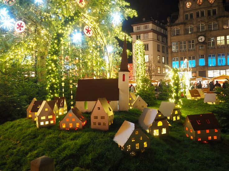 Christmas village in theplace Kléber Strasbourg