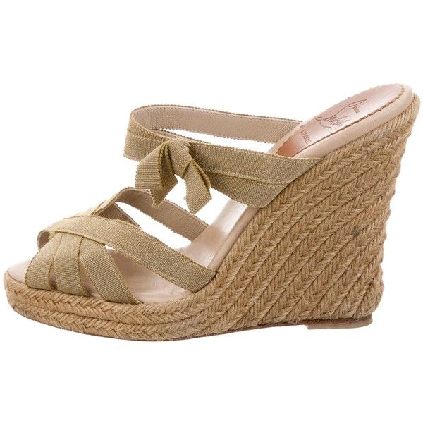 Pre-owned Christian Louboutin Espadrille Slide Wedges ($195) ❤ liked on Polyvore featuring shoes, sandals, gold, christian louboutin espadrilles, braided sandals, woven wedge sandals, wedge shoes and metallic espadrilles
