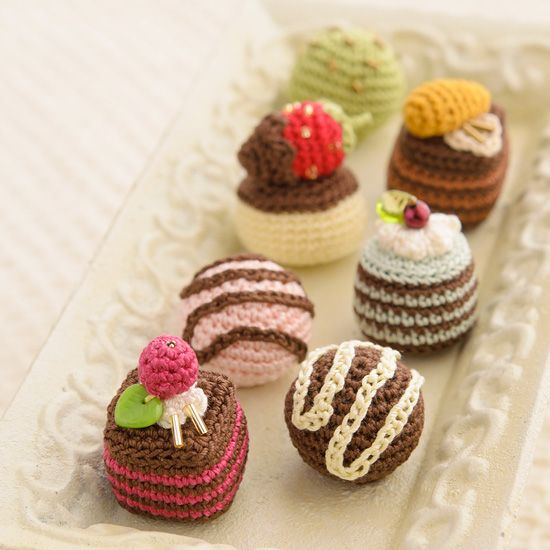 amigurumi petit chocolates