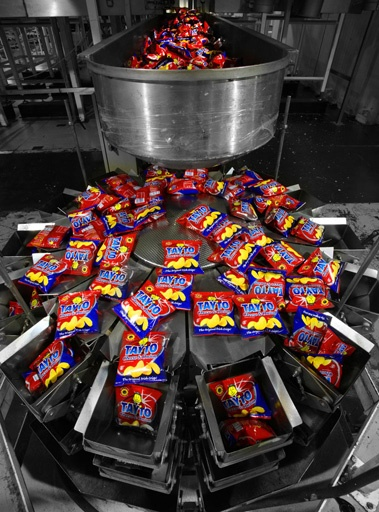 Tayto Packing Machine in Tayto Plant, Ashbourne, Meath, Ireland © David Cantwell Photography