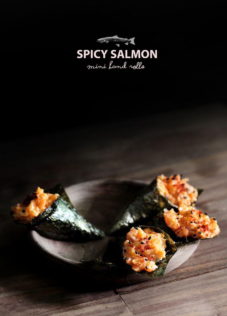 ROLLITOS DE SALMON ESPECIADO (spicy salmon hand rolls) #RecetasDeSushi #Aperitivos #RecetasConSalmon