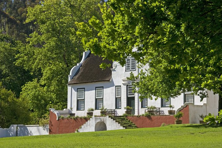 Here you can explore our rich history, delicious wines and beautiful Estate