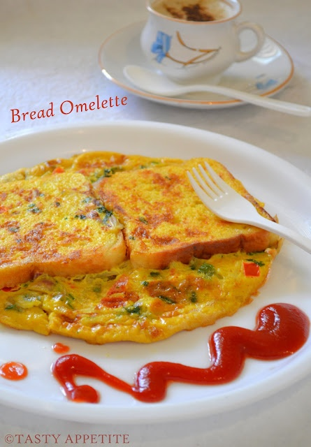 Healthy Breakfast menu - Bread Omelet / step by step  http://tastyappetite.blogspot.in/2012/07/bread-omelet-healthy-breakfast-menu.html