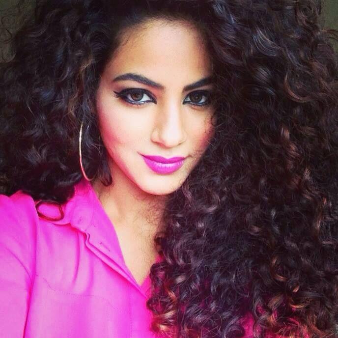 Annie Khalid | Annie Khalid , Unomatch - Get Socialized