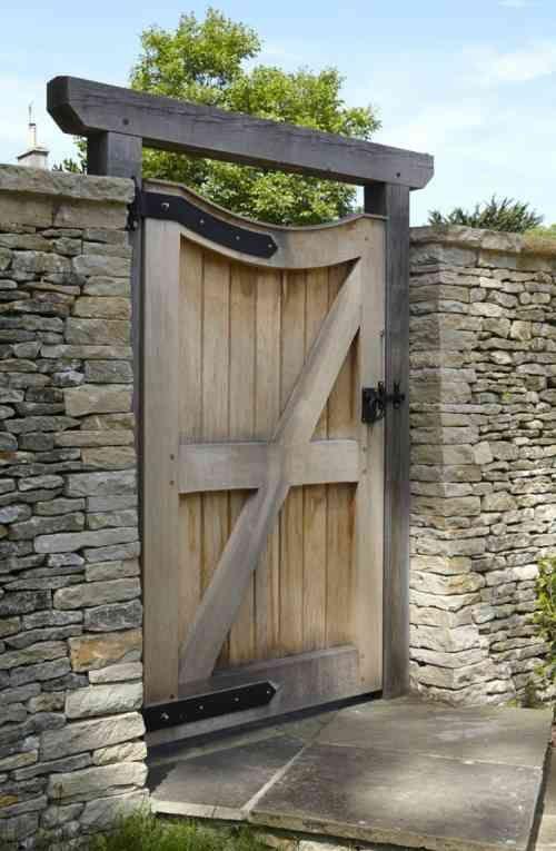 Les 25 meilleures id es concernant portillon bois sur for Porte de jardin exterieur