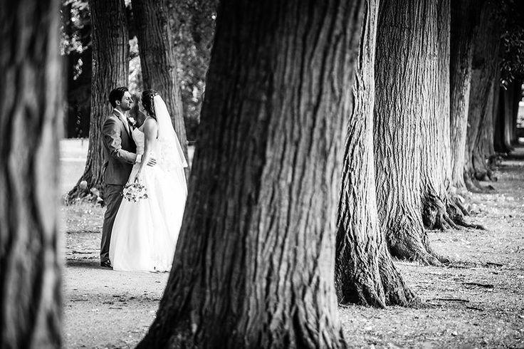 Romantische fotoshoot bruiloft Breda #bruidsfotografie #bruidsfotograaf Dario…