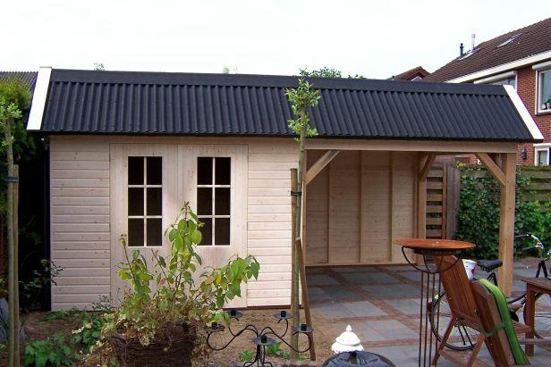 25 beste idee n over achtertuin luifel op pinterest dek luifel kleine achtertuin tuinieren - Veranda met dakpan ...