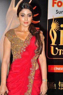 Shriya Saran In ANother Stunning Rd Saree