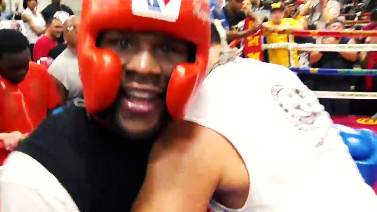 Floyd Mayweather JR says he is greatest boxer ever.