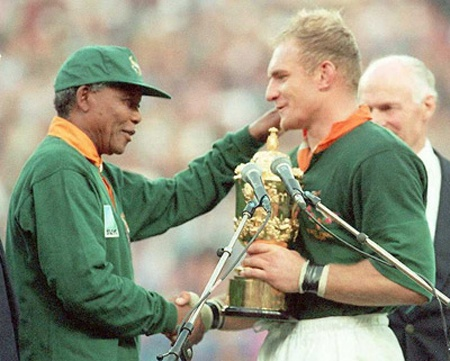 Nelson Mandela and Francois Pienaar - Springboks winners of the 1995 Rugby World Cup.