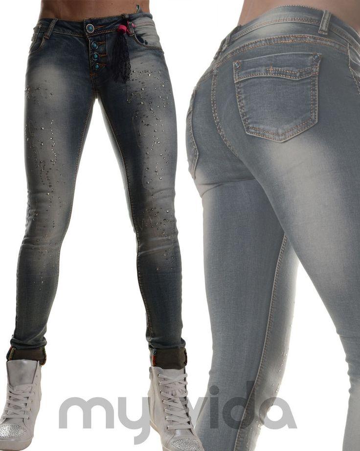 #Jeans donna stretti #skinny aderenti elasticizzati #pantaloni risvolto #ripped da abbinare a #sneakers o high #heels