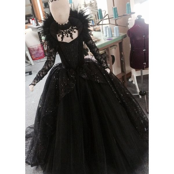 LIMITED EDITION Evil Queen Costume Vampire Ball Gown (€435) ❤ liked on Polyvore featuring costumes, evil queen costume, vampiress costume, vampire costume, vampira costume and vampire halloween costumes