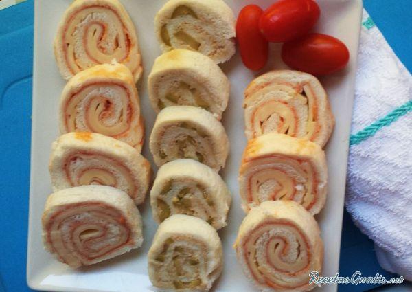 Serpentinas de pan #RecetasGratis #RecetasdeCocina #RecetasFáciles #RecetasparaNiños #ComidaDivertidaparaNiños #CocinaCreativa