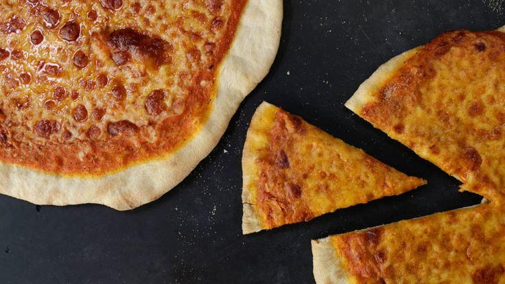A light and crunchy thin-crust pizza recipe!