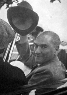 Mustafa Kemal ATATÜRK (19 Mayıs 1881 - 10 Kasım 1938 )