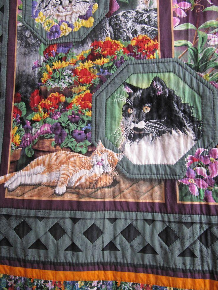 Gatos y flores