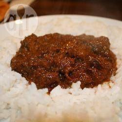 Gemakkelijke curry met rundvlees uit de slowcooker