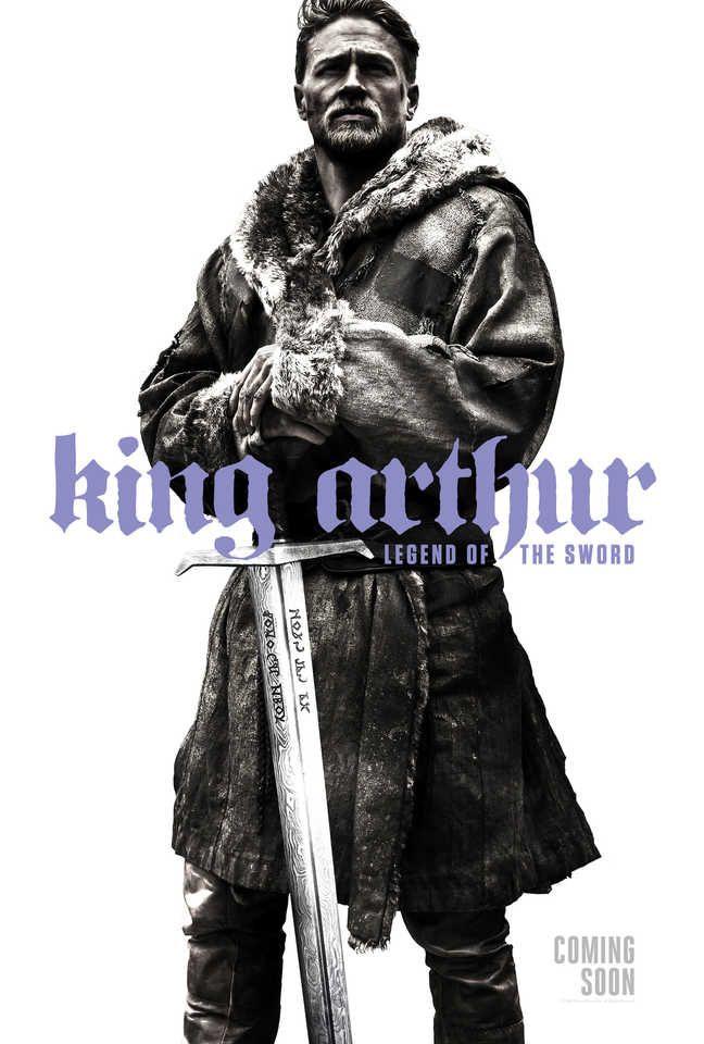 King Arthur: il nuovo poster - Cinema News - PRIMISSIMA