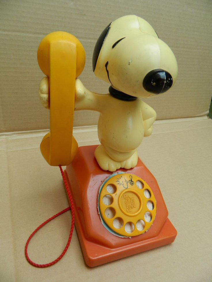 Vintage 1960s Snoopy Toy Telephone
