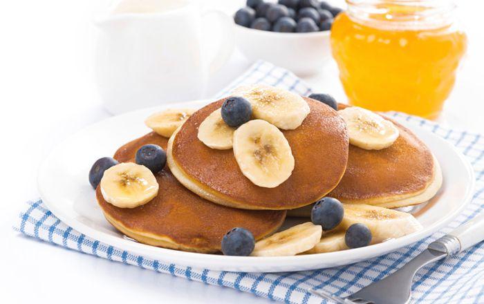 Bananpannkaka är perfekt som lyxig frukost eller snabbfixat mellanmål. Här bjuder vi på flera lättlagade recept!