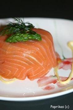 Charlotte aux deux saumons : la recette facile [et succulente ; réalisée sans citron et avec très peu de moutarde]