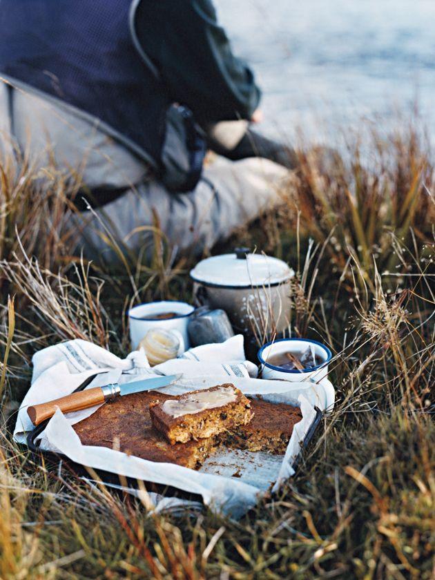 L'automne, les balades en forêt, le chocolat chaud au coin du feu, les bons petits plats, les gratins, les soupes, le potimarron, les champignons … nous y voilà, l'automne est là, dernière ligne droit avant la féérie de Noël ! Voici quelques images qui vous donneront surement envie de vous blottir au coin du feu devant un film, accompagné d'un thé bien chaud …