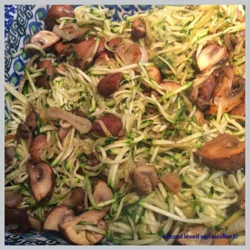 Gezond leven van Jacoline: Courgettequiche met champignons